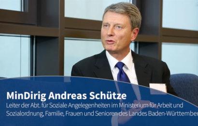 Blaue Couch – MinDirig Andreas Schütze contec