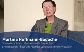 Blaue Couch – Martina Hoffmann-Badache