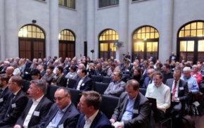 15. contec forum Pflege und Vernetzung: Jubiläumsprogramm stellt Weichen
