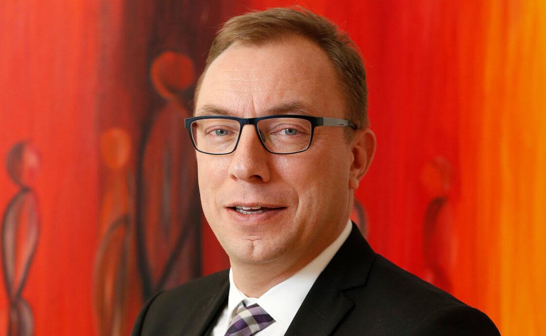 Pastor Uwe Mletzko - Theologischer Geschäftsführer DIAKOVERE II